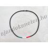 Szilikon nyaklánc piros-fehér-zöld díszítéssel