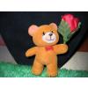 Állatfigurák rózsával - maci 7cm 2 színben
