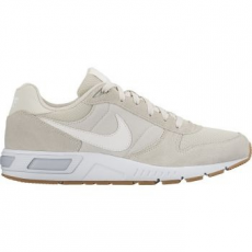 Nike Nightgazer férfi sportcipő, Light Bone/White, 45 (644402-020-11)