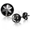 Acél bedugós fülbevaló, fekete színű golyó, virág markolattal