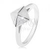 Ródiumozott 925 ezüst gyűrű, fényes piramis átlátszó cirkóniákkal díszítve