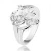 Csillogó ezüst színű gyűrű ívekkel és átlátszó cirkóniákkal