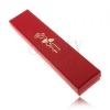 Csillogó piros doboz karkötőnek, arany színű rózsa ajánlással