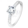 Eljegyzési gyűrű, 925 ezüst, szárak átlátszó cirkóniákkal kirakva, kerek áttsző cirkónia