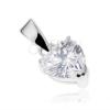 Csillogó 925 ezüst medál, átlátszó cirkóniás szívecske díszes foglalatban