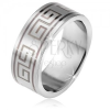 Acélgyűrű, matt egyenes felszín, fekete görögkulcs minta