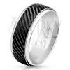 Gyűrű 316L acélból ezüst színben, fekete sáv ferde bemetszésekkel, 8 mm