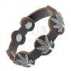 Fekete színű bő karkötő, patinált marihuána levél acélból