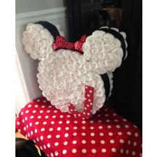 Babaváró ajándék ötlet: Minnie egér pelenkatorta pelenka