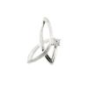 Ezüst színű, fényes és mattított felületű ezüst medál 1 db cirkónia kővel. Hátulja kikönnyített. A lánc a medál felső hurok részén bújtatható át. Német termék! Finom kígyóláncot vagy velencei láncot javaslunk hozzá. (Méret: magasság × szélesség mm-ben)