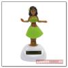 Hula napelemes táncoló figura, zöld