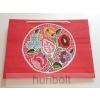 Hunbolt Kalocsai terítős piros lakk dísztasak- fekvő (ajándék tasak) 38x28x9 cm
