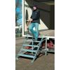 KRAUSE - 1 kapaszkodó korláttal (Gurítható lépcső dobogóval) munkamagasság 2,6 m