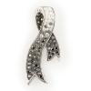 """""""Kristályszalag"""" fehér-Black Diamond színátmenetes, kristályokkal borított szalag medál ezüstből. A lánc a medál hurok részén bújtatható át. Barbara vagy gyöngyanker láncot, esetleg organza zsinórt javaslunk hozzá. (Méret: magasság × szélesség mm-ben)"""