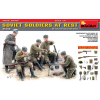 MiniArt - Soviet Soldiers at Rest Special Edition