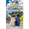 Nora Roberts ROBERTS, NORA - AKI MER, AZ NYER