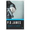 P. D. James Takard el az arcát!