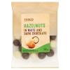 Tesco pörkölt mogyoró ét- és fehér csokoládés bevonattal 100 g