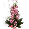 Virágküldés, orchidea fürt zöldekkel díszítve