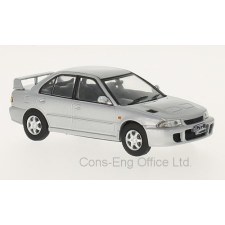 WhiteBox Mitsubishi Lancer EVO I (1992) autómodell autópálya és játékautó